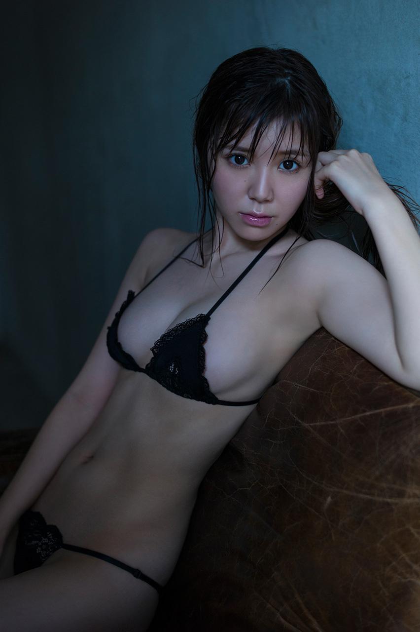 金子栞 画像